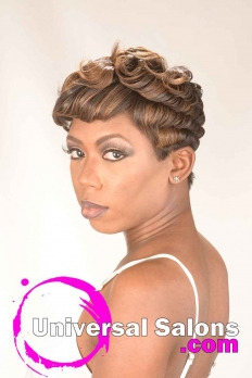 Short Sexy Pixie Cut With Highlights from Dominiique Blount (4)
