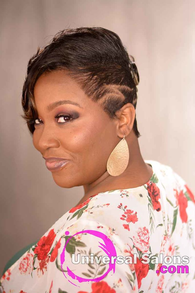 Short Hairstyle With Design Parts for Black Women