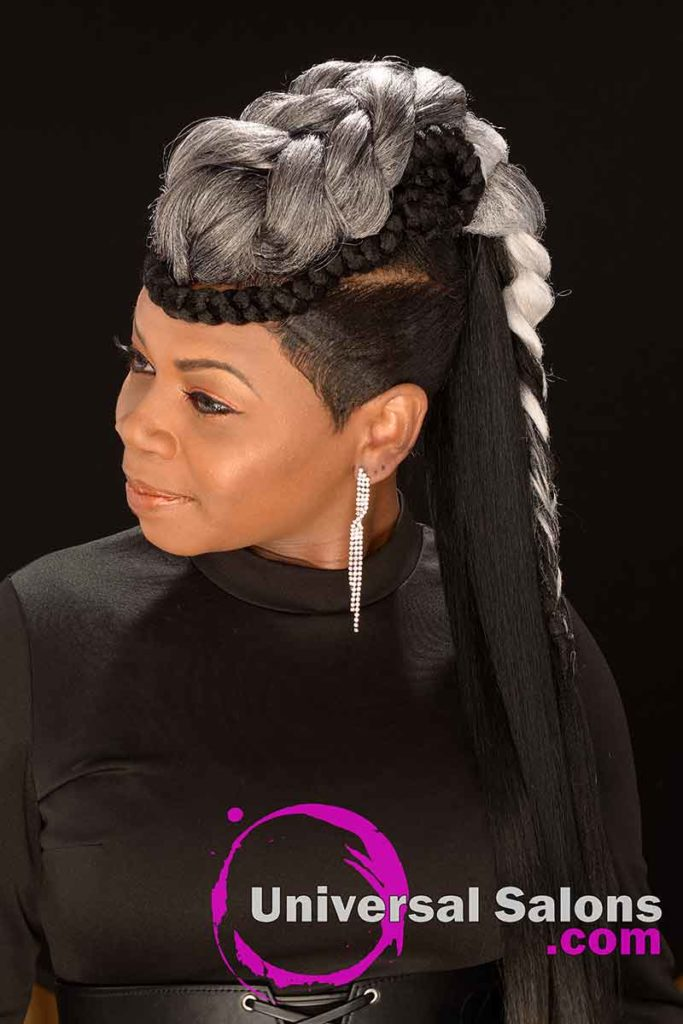 Long Ponytails for Black Women Looking Down