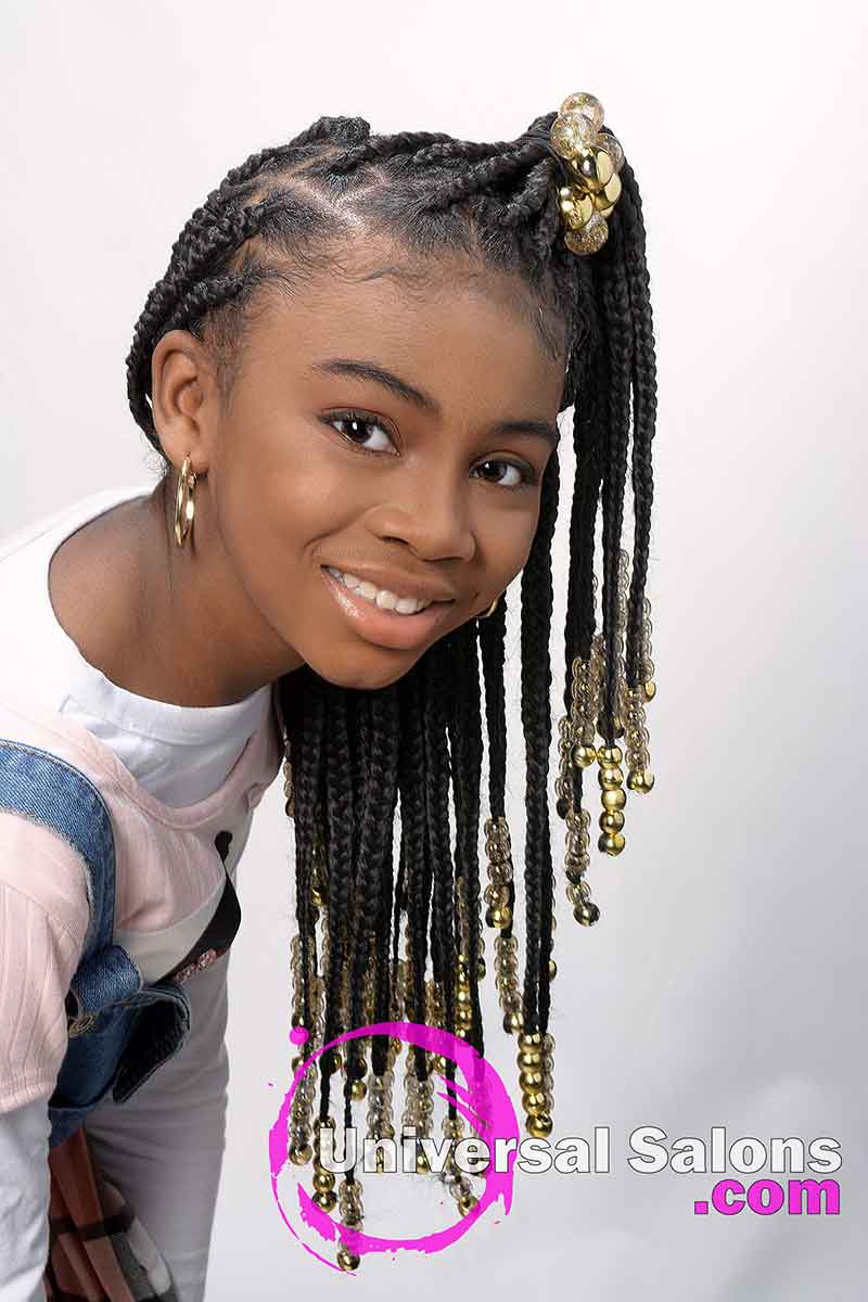 Model Leaning Over With Knotless Box Braids